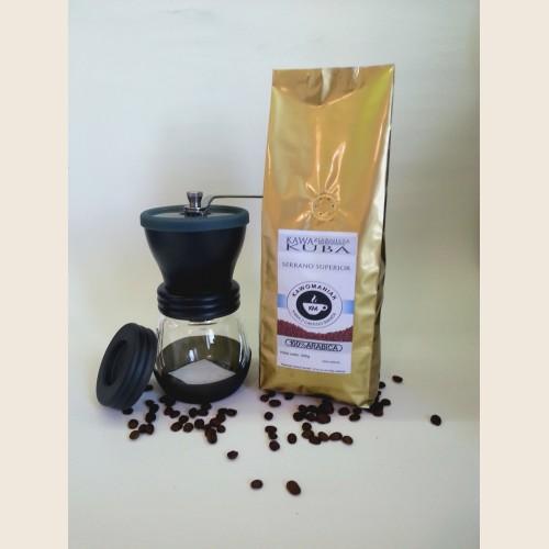 Młynek Hario Skerton + Kawa
